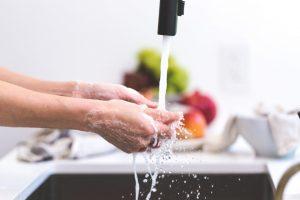 Incearca noua gama de sapunuri antibacteriene Ultra Compact
